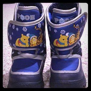 Pooh snow boots